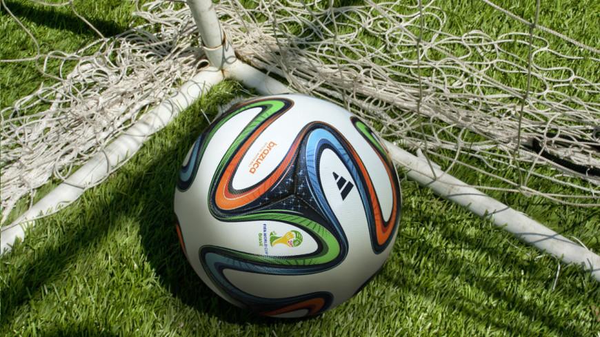 "Фото: Елена Андреева, ""«Мир24»"":http://mir24.tv/, мяч, футбол"