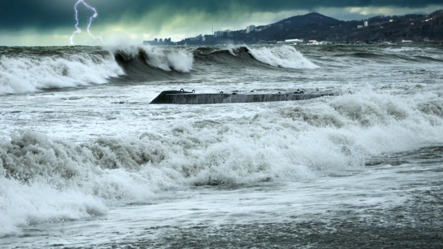 «Людей смыло с палубы»: спасшиеся с «Онеги» рассказали о крушении судна