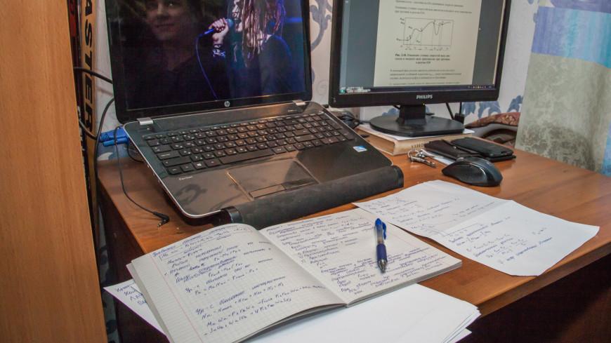 """Фото: """"«Мир 24»"""":http://mir24.tv/, компьютер, общежитие, студент, студенты, учеба, школа"""