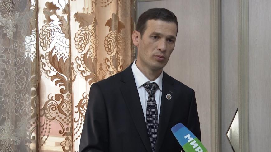 Фельдшеру из Таджикистана вручили медаль за борьбу с коронавирусом