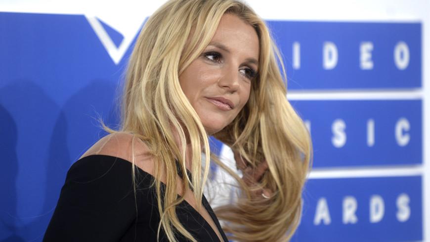 Поклонники посоветовали Бритни Спирс бежать от возлюбленного