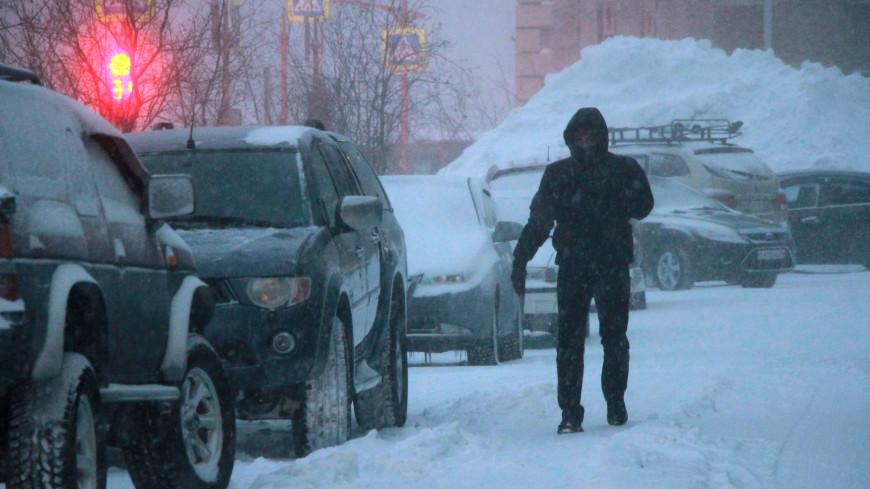 Снежный апокалипсис: Норильск превратился в один большой сугроб