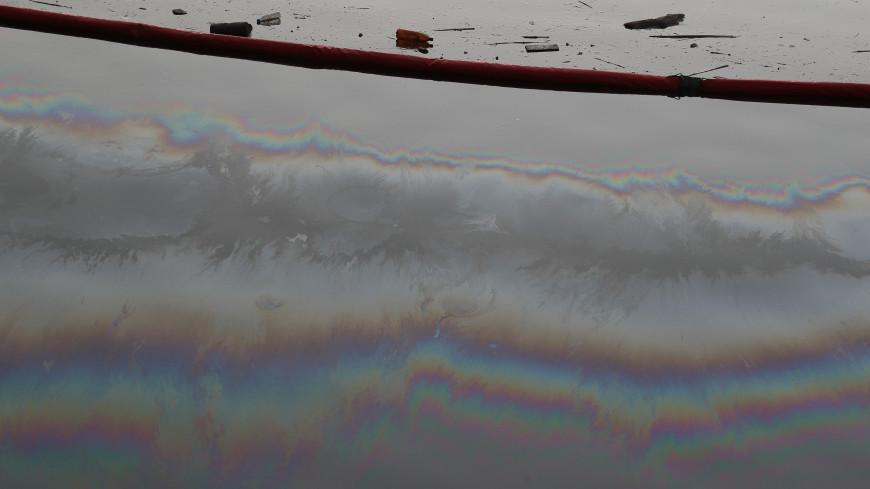 Разлив нефтепродуктов с иностранного судна произошел в порту Находки