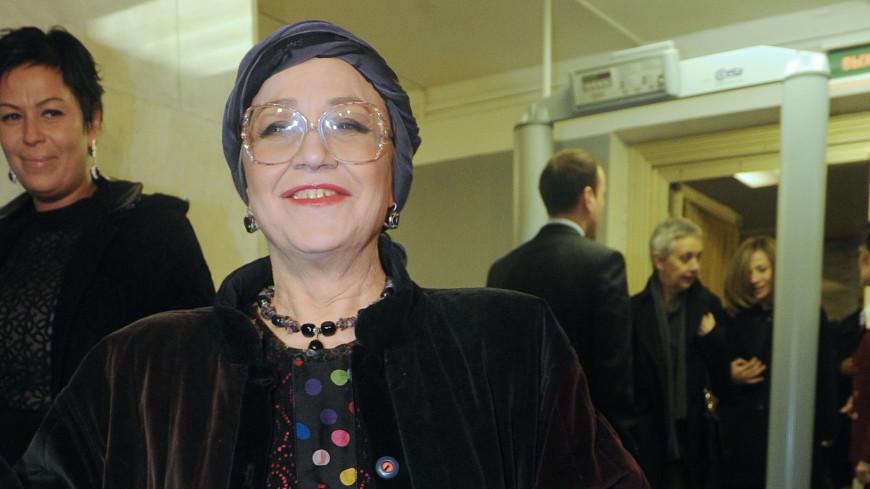 Путин поздравил артистку Нину Русланову с 75-летием