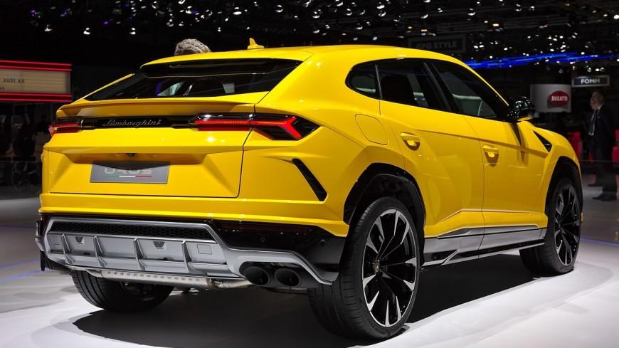 В России объявили отзыв люксовых внедорожников Lamborghini Urus