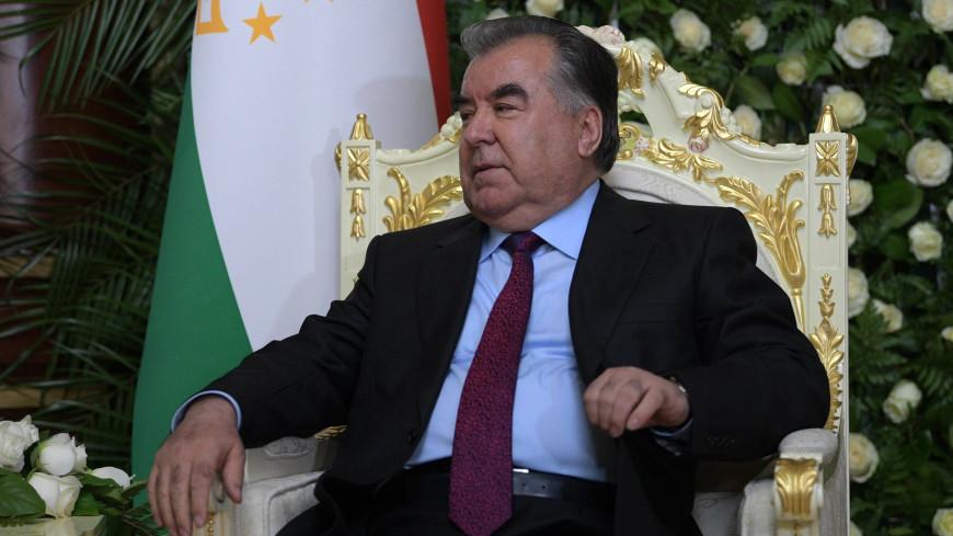 Эмомали Рахмон поздравил лидеров Беларуси, Казахстана и Узбекистана с Новым годом