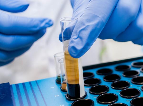 За сутки от коронавируса в Китае скончались 52 человека