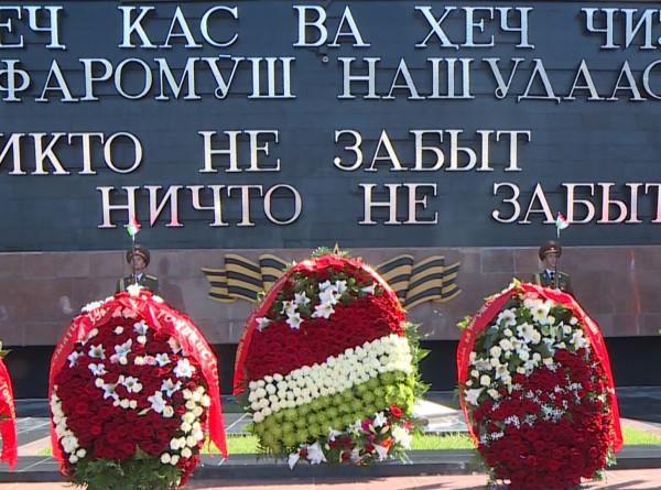 Где сражались солдаты Таджикистана во время Великой Отечественной войны?