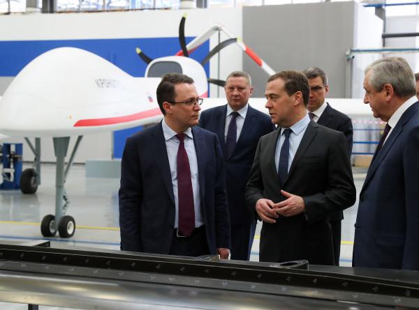 Дмитрий Медведев посетил предприятие по производству беспилотников