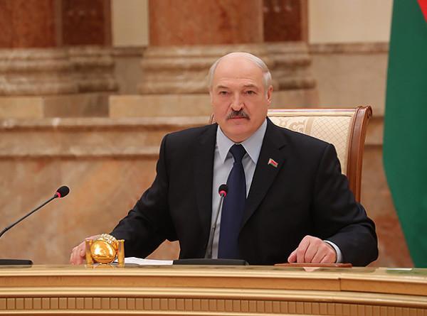 Лукашенко рассказал о предложении Путина по вопросу поставок нефти в Беларусь