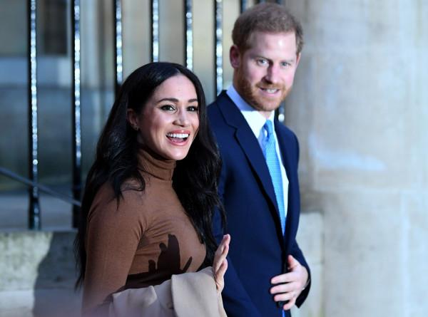 Принц Гарри и Меган Маркл впервые появились на публике после отказа от титулов
