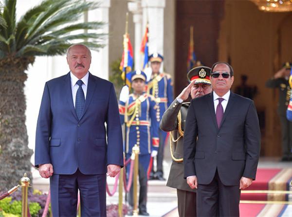 Лукашенко: Беларусь делает ставку на продвижение высокотехнологичной продукции в Египет
