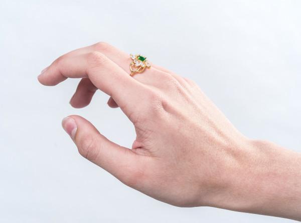 Американке спустя 47 лет вернули потерянное кольцо