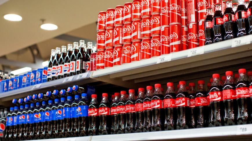 """Фото: Алексей Верпека (МТРК «Мир») """"«Мир 24»"""":http://mir24.tv/, кола, магазин, магазины, распродажа, sale, напитки, газированная вода, газировка, пепси"""