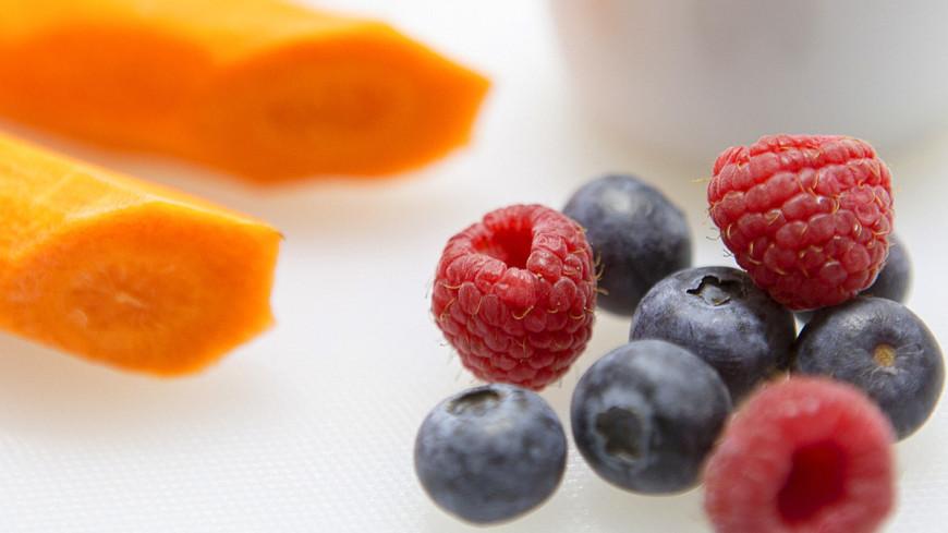 """Фото: Алан Кациев (МТРК «Мир»)"":http://mir24.tv/, малина, еда, ягоды"