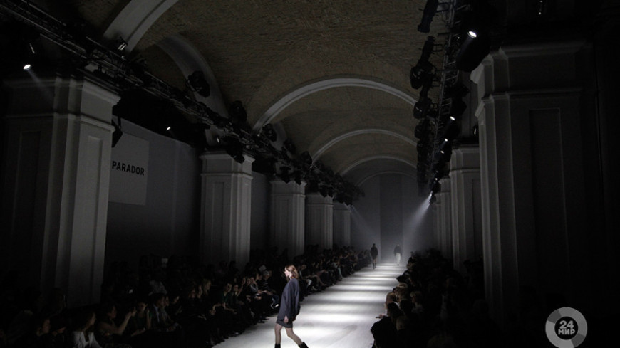 """мода украины Фото: """"Владимир Свояченко, МТРК «Мир»"""":http://mirtv.ru/, подиум, украинская неделя моды, мода, ukrainian fashion week, показ, дизайнер"""