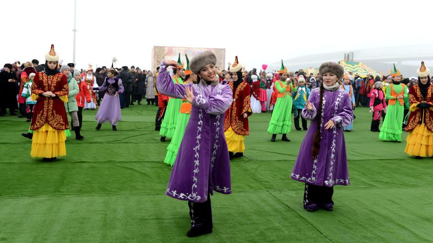 Международный день родного языка: выучить казахский легко!