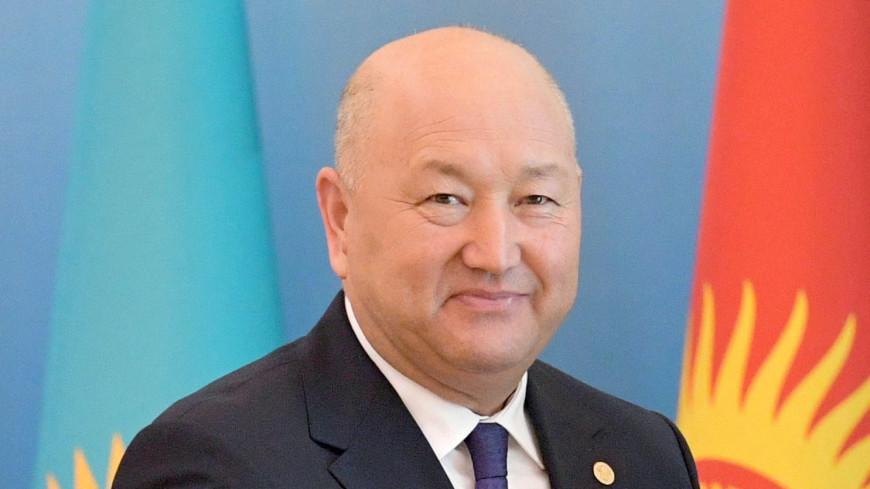 Жээнбеков уволил заместителя главы правительства Жениша Разакова
