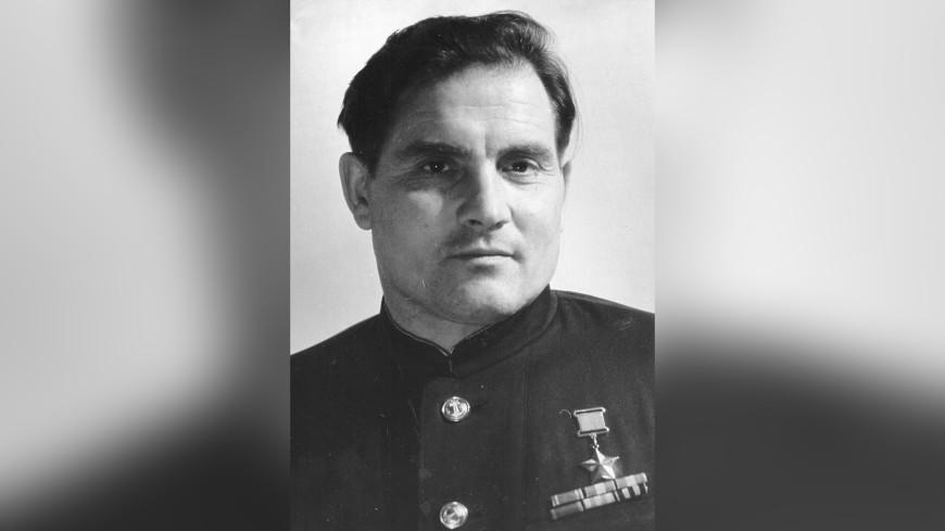 Исполнилось 75 лет легендарному подвигу советского летчика Михаила Девятаева