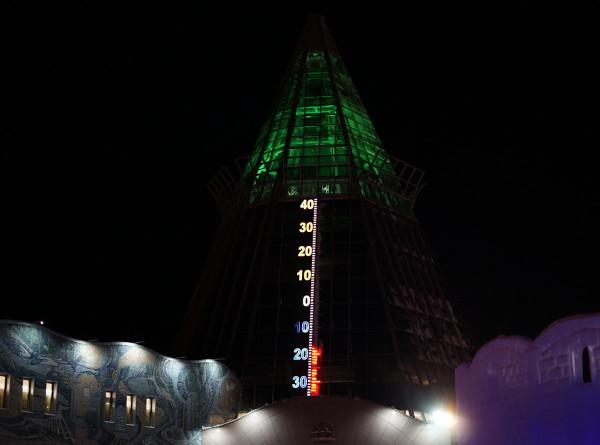 Веселье на Чумовой улице: как встретили Новый год в Ханты-Мансийске (ФОТО)