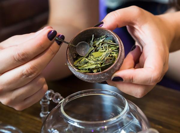 Ученые объяснили, как зеленый чай влияет на продолжительность жизни