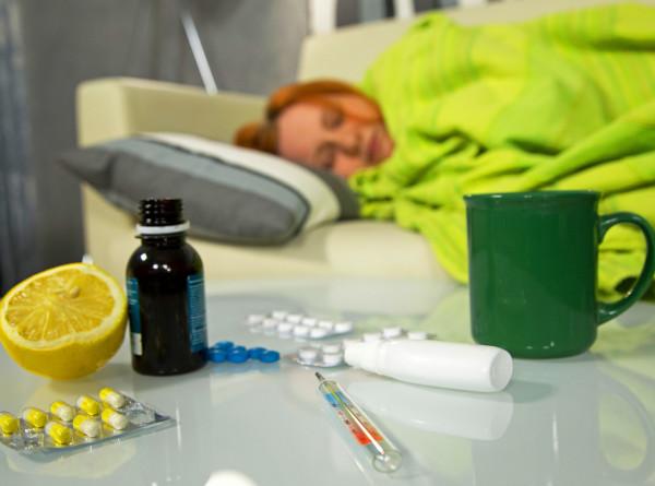 Как не заболеть: домашняя техника безопасности при ОРВИ