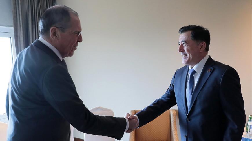 Лавров обсудил с генсеком ШОС взаимодействие стран-членов организации