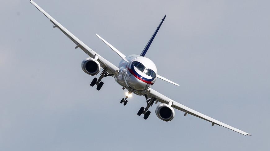 Самолет «ИрАэро» совершил экстренную посадку в Домодедово