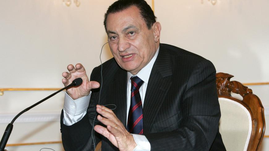 Бывшему президенту Египта Мубараку провели операцию на желудке