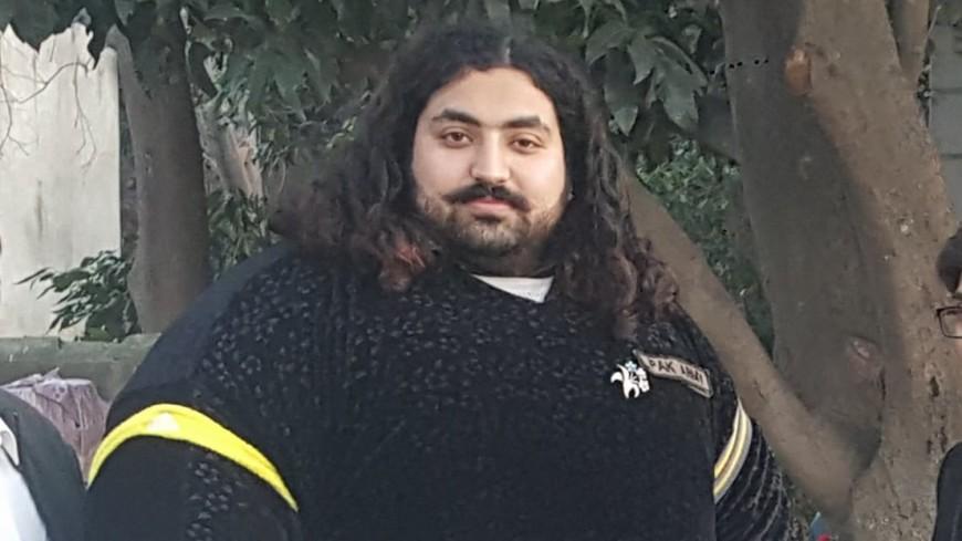 Пакистанский силач весом 400 кг объявил о поиске жены весом 100 кг
