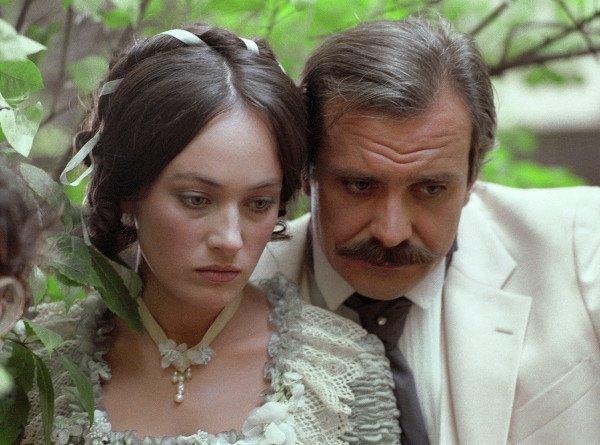 «Намучились мы с ней немало»: Эльдар Рязанов – о Ларисе Гузеевой и съемках «Жестокого романса»