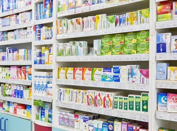 Токаев призвал казахстанцев не закупать лекарства впрок