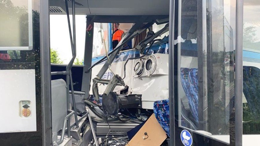В Чехии при столкновении поездов погибли три человека