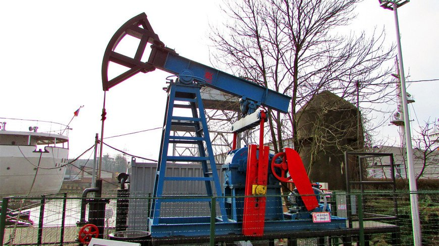 Американские аналитики прогнозируют стоимость барреля нефти выше $100