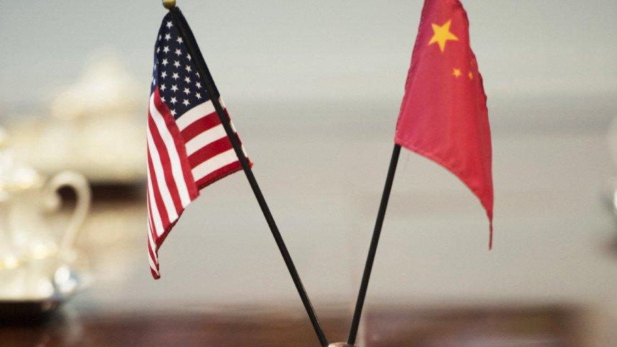 «Это продолжение экономической войны, уступать никто не будет»: эксперт – о конфликте между США и Китаем