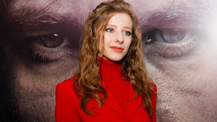Актрису Елизавету Арзамасову заподозрили в помолвке с Авербухом