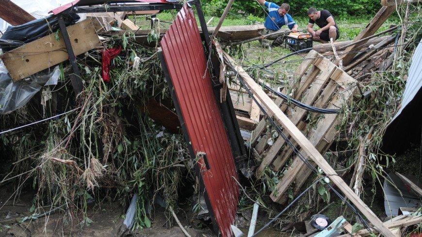 Из подтопленной подмосковной Рузы вывезли более 20 самосвалов мусора