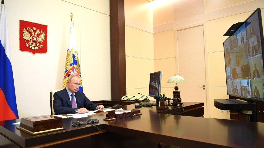 Путин: Прививки от гриппа должны быть добровольными
