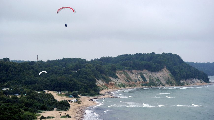 На берегу моря,море, океан, пляж, лето, отпуск, парашют, кайт, кайтер, ,море, океан, пляж, лето, отпуск, парашют, кайт, кайтер,