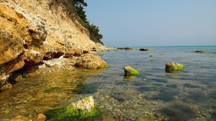 скала, море, океан, вода, камень, скала, бухта, утес, туризм, путешествие, пляж, отдых, турист,
