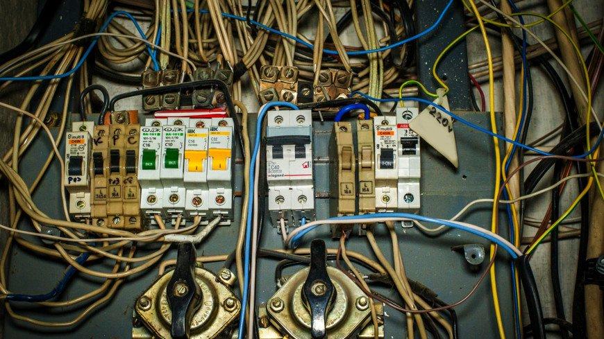 Электричество,ЖКХ, электричество, электроэнергия, провода, проводка, пробки, щиток, ,ЖКХ, электричество, электроэнергия, провода, проводка, пробки, щиток,
