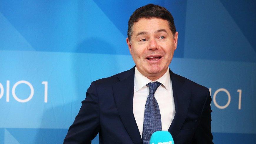 У руля Еврогруппы встанет министр финансов Ирландии