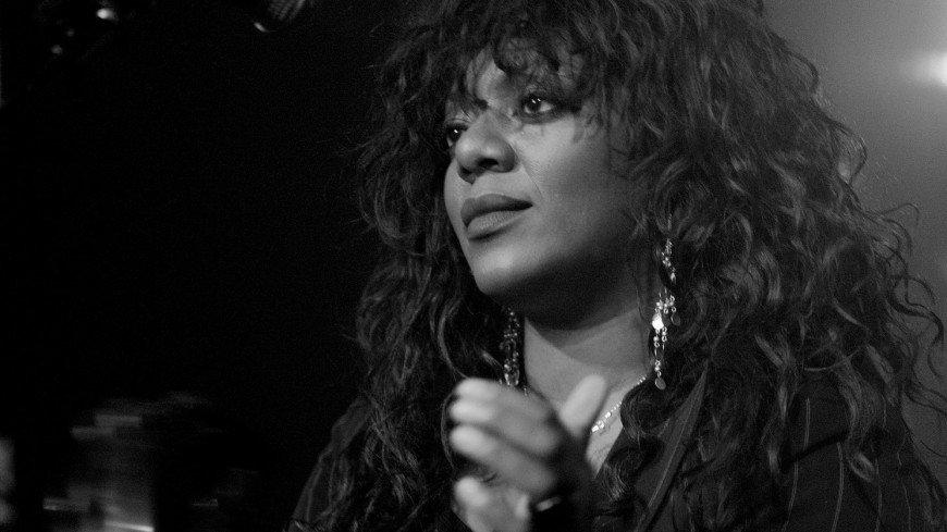 Умерла экс-вокалистка группы Primal Scream Дениз Джонсон