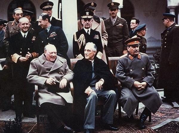 Тайны Ялтинской конференции: когда на самом деле закончилось мировое противостояние?