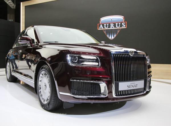 В России не снизился спрос на автомобили Aurus из-за пандемии