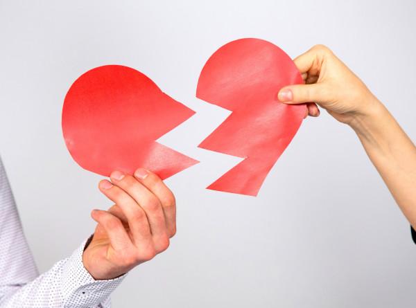 Депрессия из-за расставания с партнером может ухудшить работу мозга