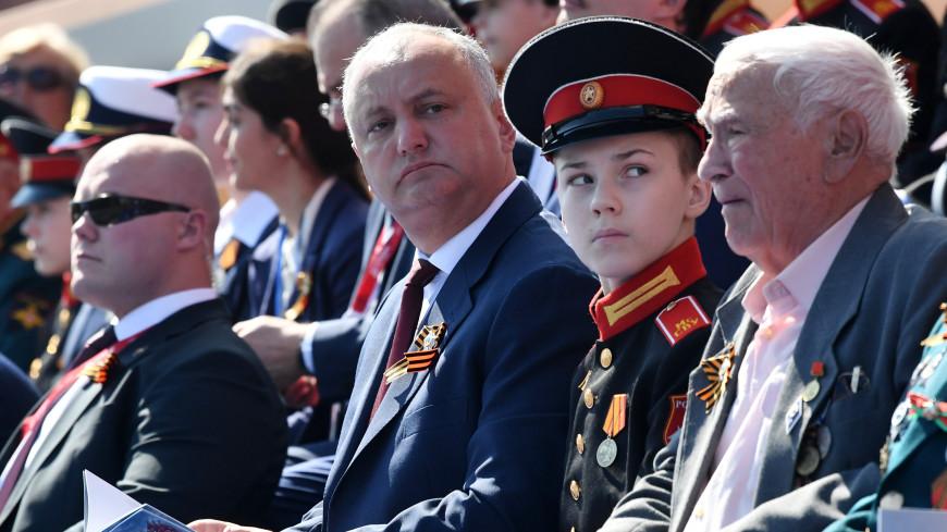 Додон: Участие военных из разных стран в параде в Москве – символ общей Победы