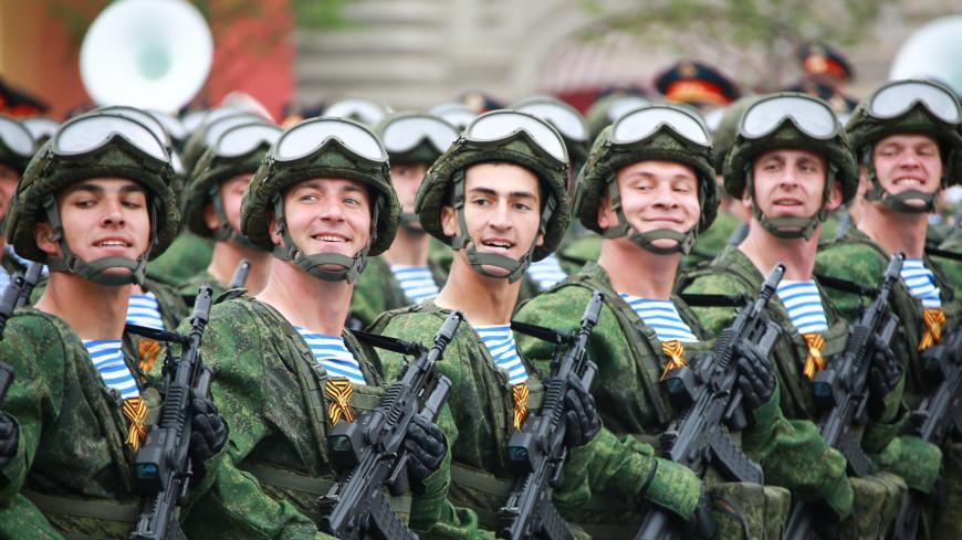 Российским военным и силовикам повысят оклады на 3%