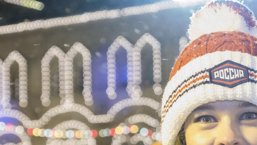 """Фото: Дмитрий Белицкий (МТРК «Мир») """"«Мир 24»"""":http://mir24.tv/, екатерина шпица, гум каток, каток, гум, кремль, красная площадь"""
