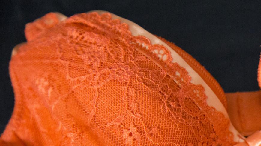 Комплект женского нижнего белья,нижнее белье, женское белье, лифчик, бюстгальтер, бюст, трусы, трусики, женщина,